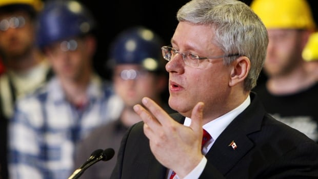 Prime Minister Stephen Harper makes a youth job funding announcing at Fanshawe College in London, Ont., Friday, May 2, 2014.
