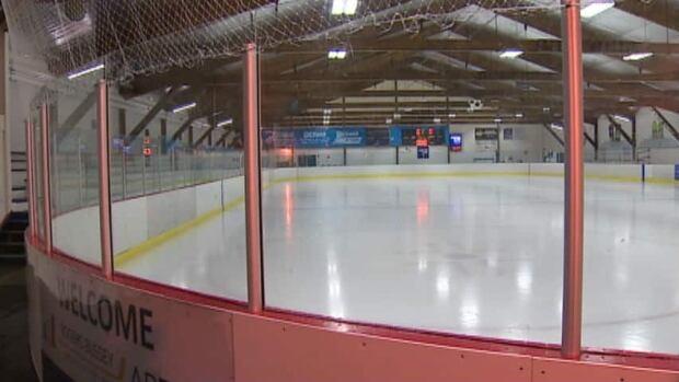 hi-rogers-bussey-rink-20130820