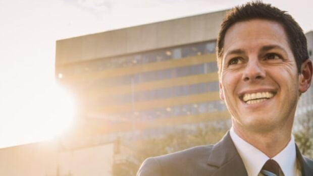 Brian Bowman has said he will formally file his papers and enter the Winnipeg mayoral race on Tuesday.