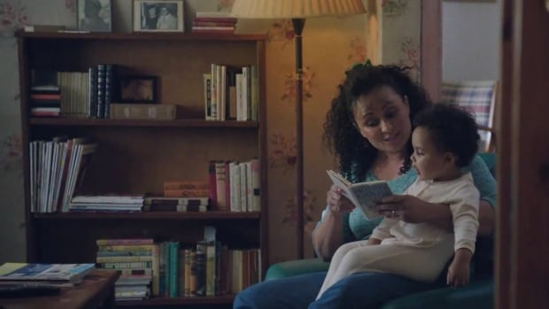 Kobo's 2013 Mother's Day campaign shows images of moms reading to their kids, then asks consumers to repay the favour by giving Mom an e-reader.