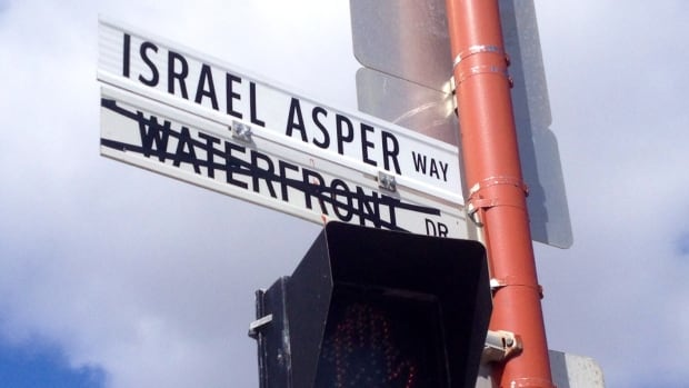The City of Winnipeg named a street at the west side entrance of the Canadian Museum for Human Rights (CMHR) Israel Asper Way on Monday.