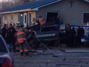 skpic crash into building