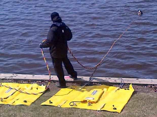 skpic wascana lake search