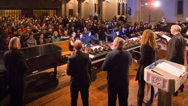 Phoenix Chamber Choir performance.
