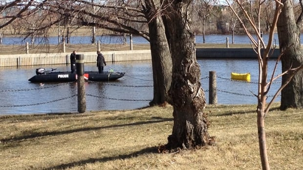 Members of a dive team have recovered a vehicle from the waters of Wascana Lake in Regina.