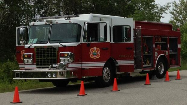 A three-storey Miramichi apartment building was damaged in a Monday afternoon fire. The fire forced 35 people out of their homes.