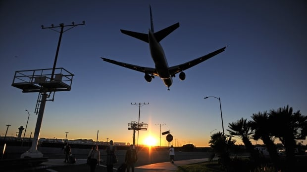 U.S. airlines are working with Republican lawmakers in an attempt to repeal a 2012 rule requiring airlines to list the full flight price, including taxes and fees, when advertising airfares.