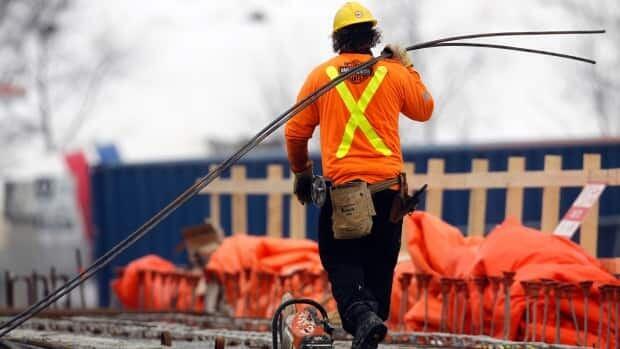 Canada loses 29,000 jobs in April