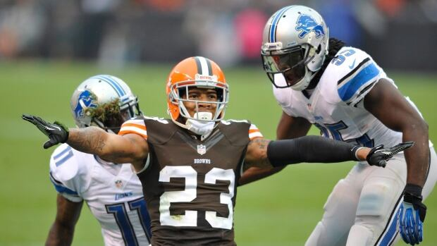 Cleveland Browns cornerback Joe Haden signals incomplete during a 2013 game against Detroit.