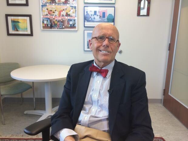 Dr. Robert Buckingham