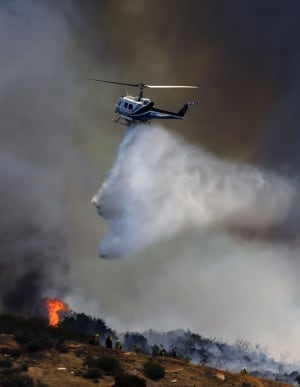 hi-helicopter-wildfire-852.jpg