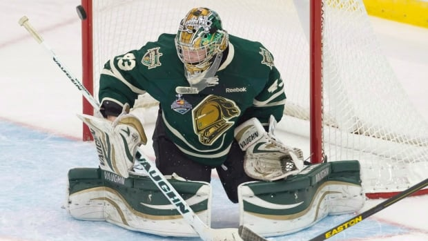 London Knights goaltender Anthony Stolarz, seen at last year's Memorial Cup, had his suspension cut short by the Ontario Hockey League.