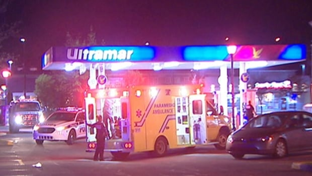 Three men were severely beaten in an overnight robbery in Gatineau, police said.