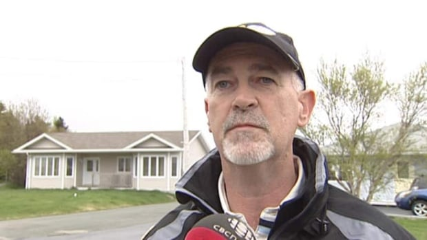 Conception Bay South Mayor Ken McDonald says the bulk garbage at the centre of a spat between two neighbours in Kelligrews last week wasn't causing a rat problem in the area.