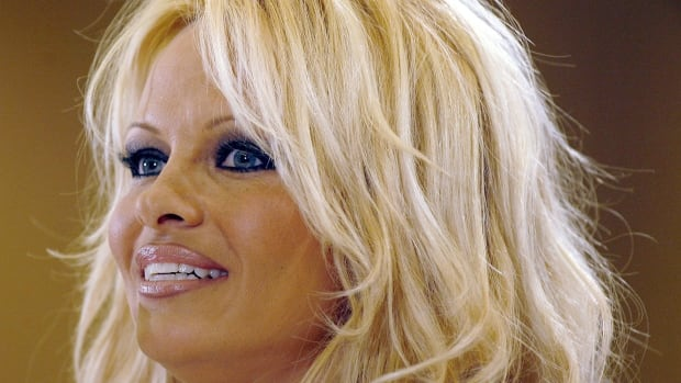 Pamela Anderson was born in Ladysmith, B.C. in 1967 and later lived in Vancouver before moving to Los Angeles in 1989 to pursue a modelling career.