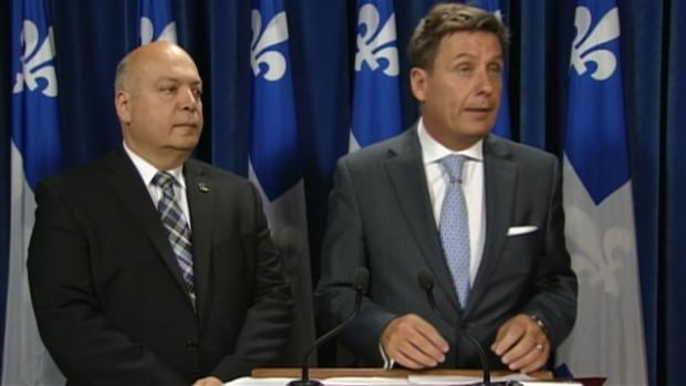 Quebec's Minister of Municipal Affairs, Pierre Moreau, (right) said he expects that the adoption of the bill should go smoothly, since Montreal City Hall has not requested further consultations.