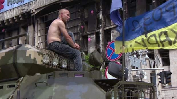 Tensions rise in Ukraine as election approaches