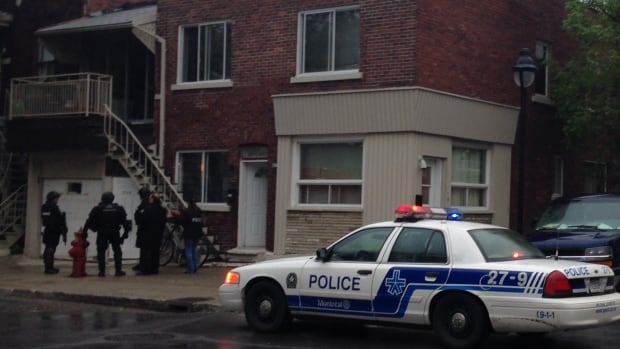 Montreal police conducted a raid at building on Beaulieu Street in Ville-Émard.