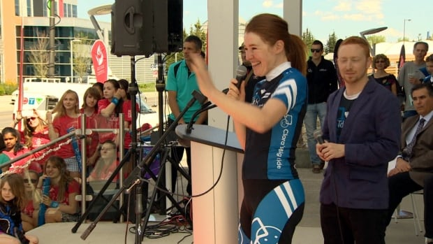Clara Hughes greets Calgarians at Canada's Sports Hall of Fame after arriving in Calgary on Friday for her Big Ride.