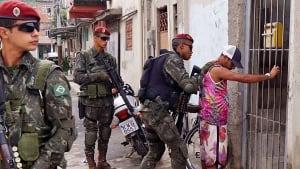 Brazil army Mare favela Rio