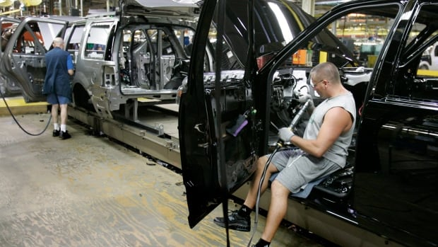 Work at the Ford's Michigan Truck plant in Wayne, Mich.  U.S. manufacturers are reporting signs of a recovery in May 2014.