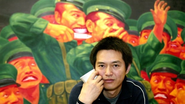Chinese-Australian artist Guo Jian, seen in 2004, is known for his avant-garde art exploring political upheaval and propaganda in China and the West.