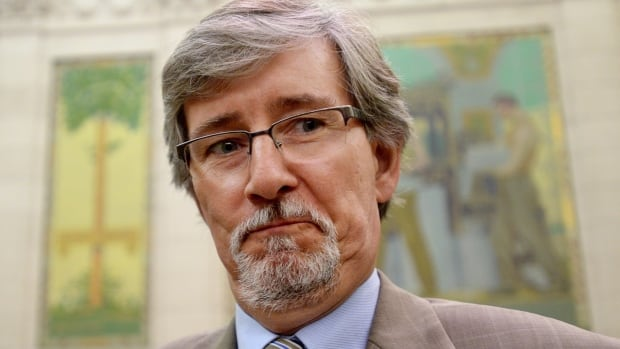 Privacy Commissioner Daniel Therrien tells the House of Commons public safety committee the government's proposed anti-terrorism bill doesn't offer enough protection against unreasonable loss of privacy.