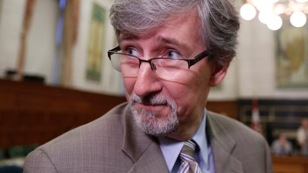 Privacy Commissioner Daniel Therrien warned senators Thursday that the increased police powers proposed in the government's cyberbullying bill need to be matched with ways to track their use.