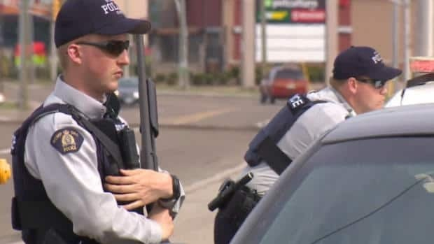 Moncton shooting manhunt continues