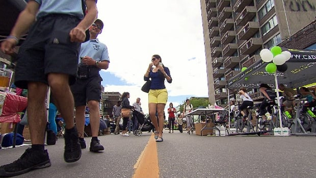 NDG locals took to the street on Monkland Avenue to enjoy a block party and street fair. The weekend pedestrian mall has some asking why the street isn't closed to cars more often.