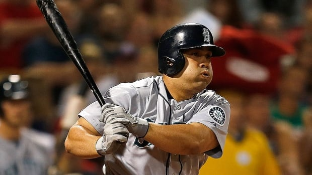 The Twins finalized a contract with free agent Kendrys Morales on Sunday. He hit .277 in 156 games for Seattle last season with 23 homers and 80 runs batted in. He had been in Miami working out while waiting to sign.