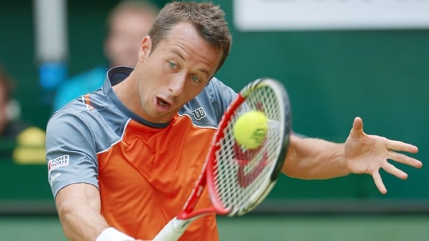 Philipp Kohlschreiber beat Andreas Seppi, 6-3, 6-4 in the first round of the Gerry Weber Open in Halle, Germany, on Monday.