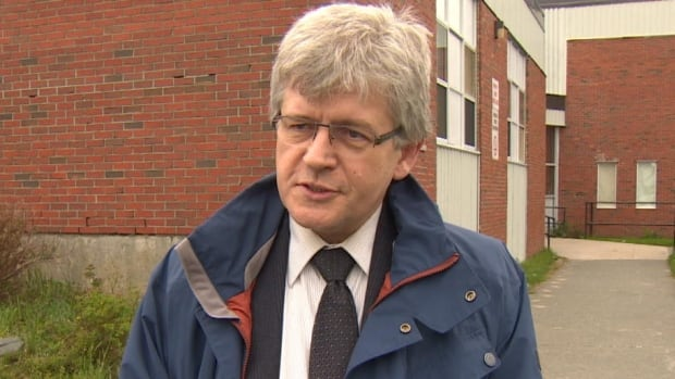 NLTA President Jim Dinn says the province is sending confusing messages to teachers and to the public about ongoing talks between the association and government.