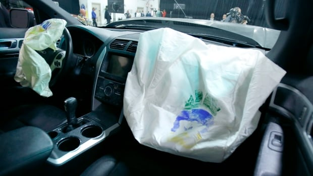 Airbags ruptured and injured drivers in autos by Honda, Nissan, Mazda, Chrysler and Toyota, according to U.S. safety investigators.