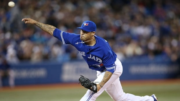 Toronto Blue Jays right-hander Sergio Santos will be returning to the club after a stint on the disabled list.