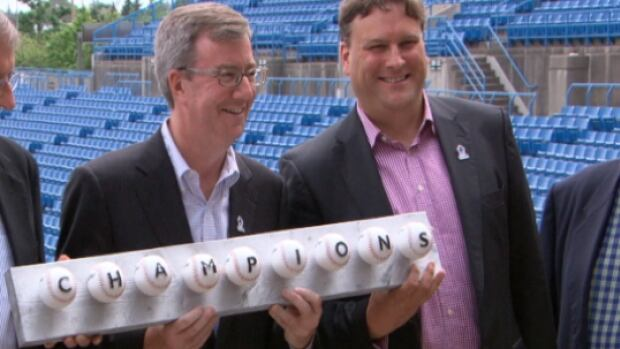 Can-am commissioner Miles Wolff, Ottawa Mayor Jim Watson, Champions president David Gourlay and councillor Peter Clark unveiled the team's name at Ottawa Stadium on Monday.