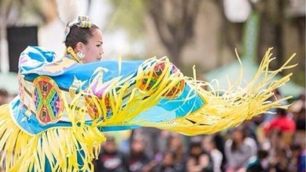 A dancer at the University of Saskatchewan graduation powwow.