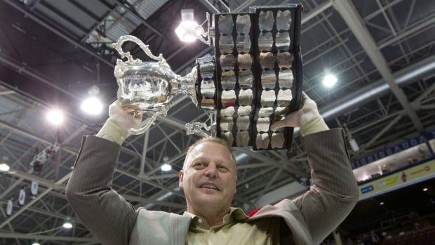 During Gerard Gallant's three seasons with the Saint John Sea Dogs of the Quebec Major Junior Hockey League, he helped the team to two QMJHL championships (2011 and 2012) and one Memorial Cup title (2011).
