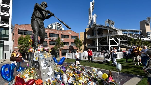 Fans of the late Tony Gwynn have paid tribute at his commemorative statue outside Petco Park since he passed away June 16.