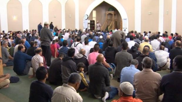 Edmontonians marked the 1st day of Ramadan on Sunday.