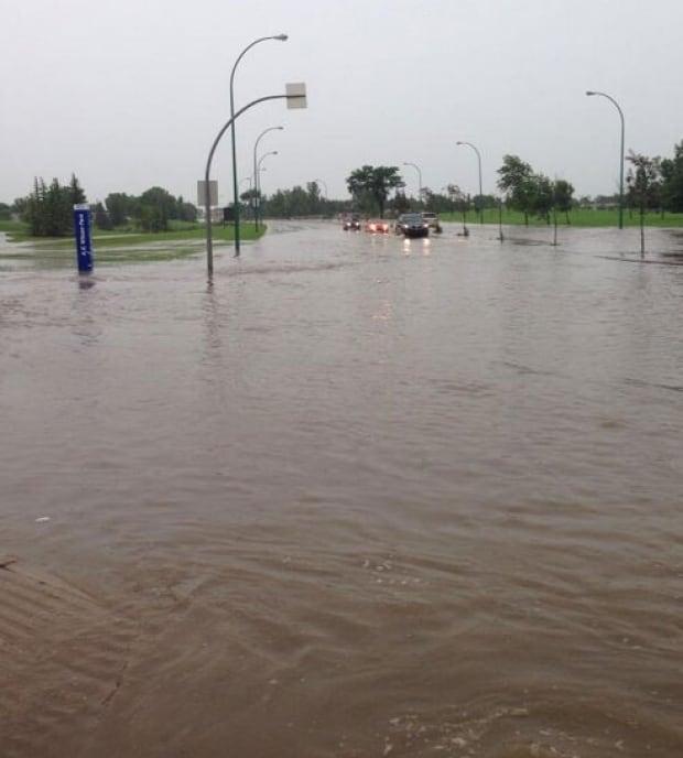 Regina flooding: McCarthy Boulevard and 7th Avenue.