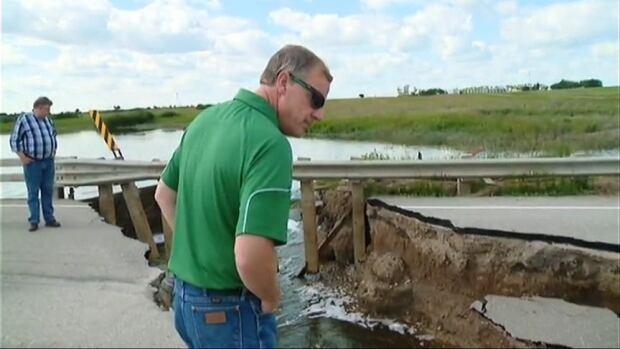 brad wall tours melville flood zone