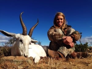 Kendall Jones white springbok hunting picture