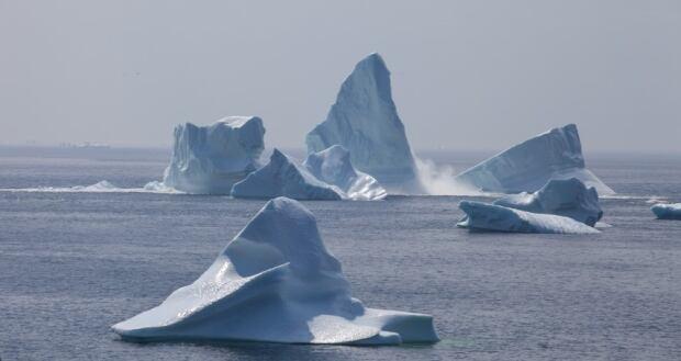 Iceberg splitting near Twillingate