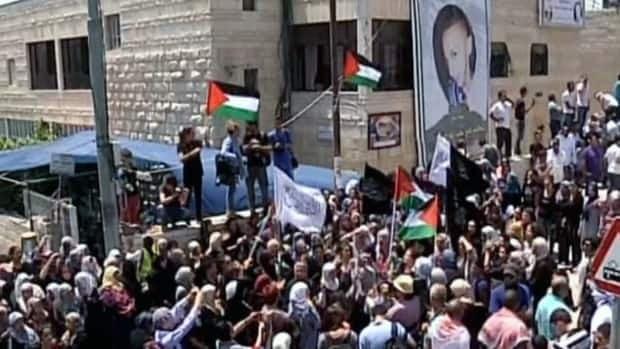 Mohammed Abu Khudair funeral draws thousands