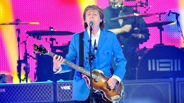 Paul McCartney performed a show of just under three hours with 38 songs in Albany, N.Y.
