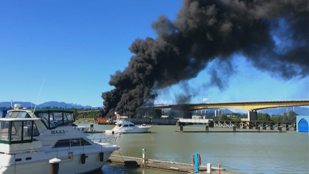 Oak Street Bridge Fire Dropbox Viz Breaking Huge Rips Through