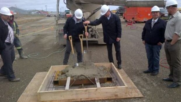 An official ground-breaking ceremony for Iqaluit's new airport development was held Thursday afternoon.