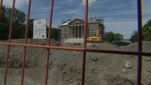 Colonial Building construction Bannerman Park