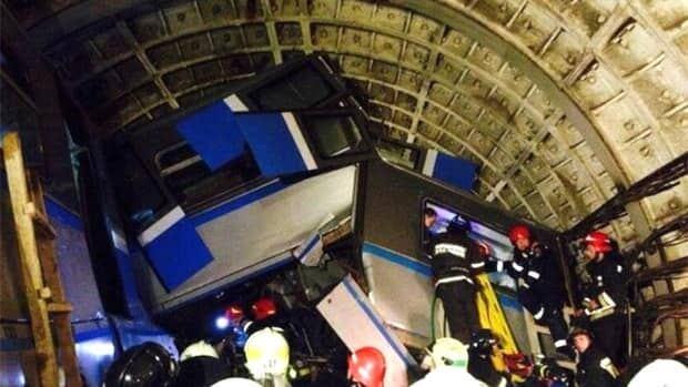 Deadly Moscow subway derailment